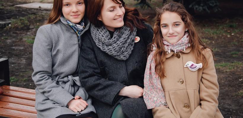 """Stela Moldovanu despre fetele sale: """"Când îmi era cel mai greu, ele îmi alungau toți norii"""""""