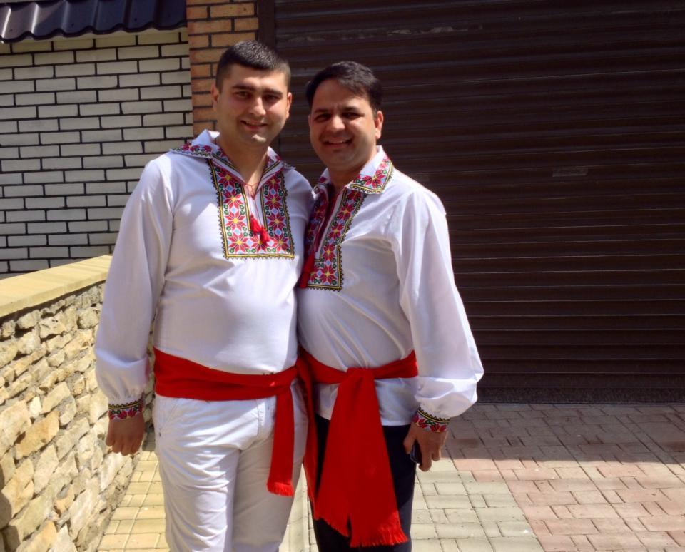 Foto: Arhivă personală/ Sachin Sachdev (în dreapta)