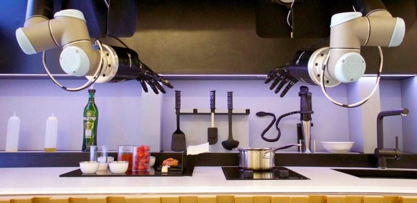 Cum arată robotul de bucătărie al viitorului, care ne va putea pregăti mâncare de restaurant (Video)