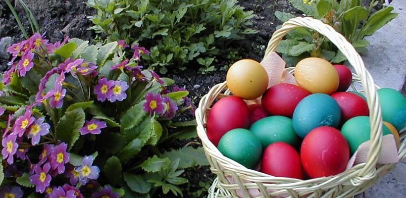 De ce ţine Paştele trei zile şi de ce se mănâncă pască şi cozonac