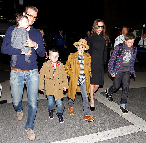 1334688199_victoria-david-harper-romeo-cruz-brooklyn-beckham-article
