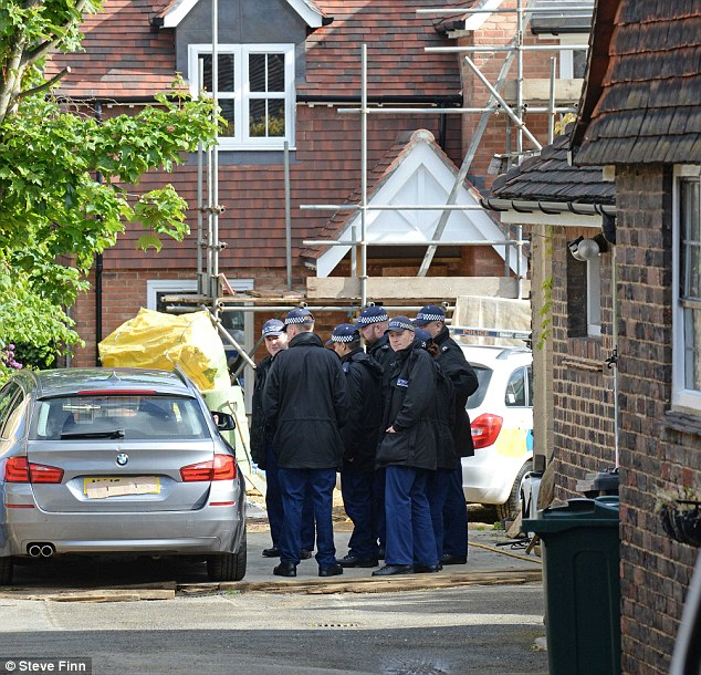 28E453C200000578-3087852-More_than_25_officers_stormed_the_Reader_s_home_in_Dartford_pict-m-5_1432149513837