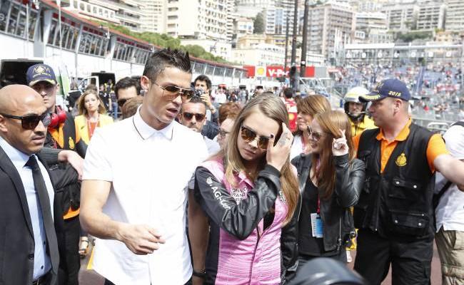 """O nouă idilă? Cristiano Ronaldo și Cara Delevingne au apărut împreună la cursa """"Formula 1"""" (Foto)"""
