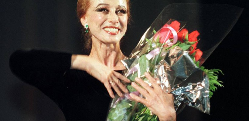 Legendara balerină din Rusia, Maya Plisetskaya s-a stins din viață la cei 89 de ani ai săi (Foto)