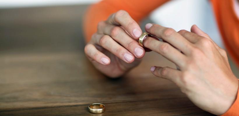"""""""M-am căsătorit și am divorțat la 25 de ani. Și totuși, iată ce am învățat despre iubire"""""""