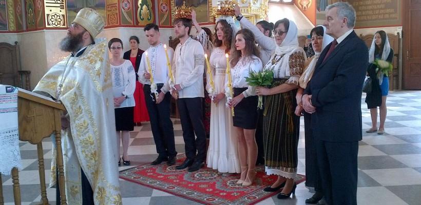 Fata mamei s-a măritat! Fiica Olgăi Ciolacu și-a jucat nunta pe 9 mai