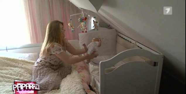 Primele imagini din camera micuței Daria! Karizma se dedică trup și suflet fiicei sale (Video)