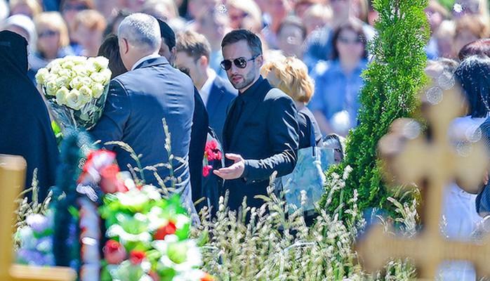 Janna Friske, aplaudată pentru ultima dată! Imagini de la înmormântare