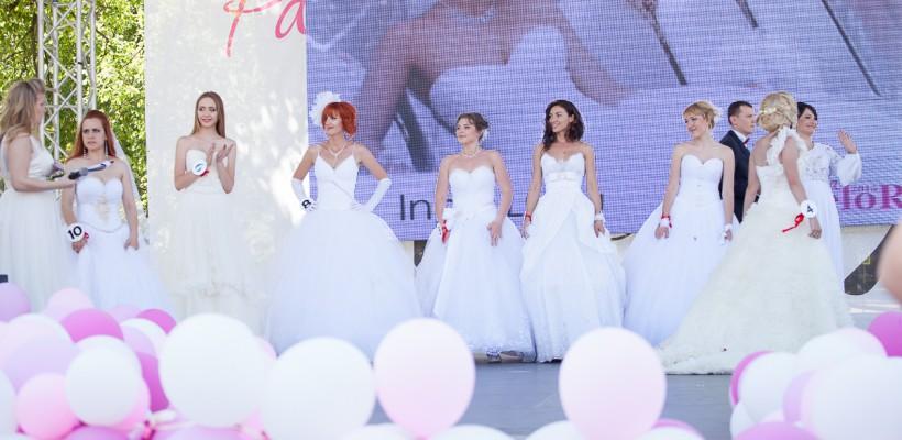 Zeci de mirese și cel mai mare tort de nuntă la Parada Mireselor din Chișinău. Galerie Foto