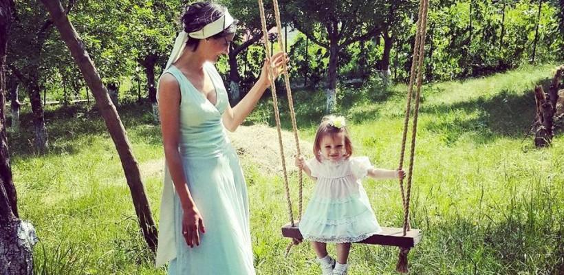 Lilia Ojovan lansează o linie vestimentară pentru copii și părinți