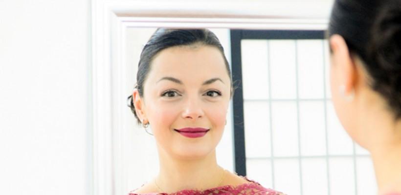 Ludmila Corlăteanu: Super-Fata care creează rochii pentru celebrități hollywoodiene