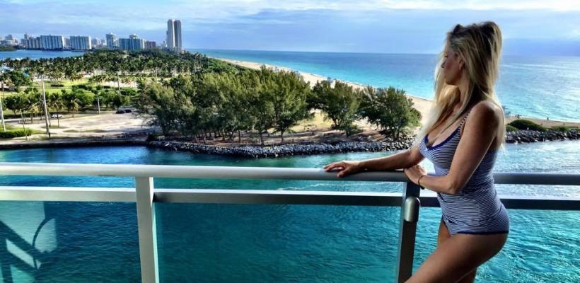 Andreea Bănică și-a făcut un videoclip tocmai la Miami!