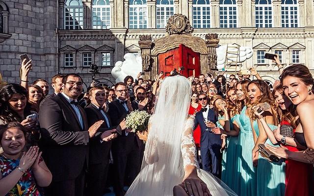 """A urmat-o până la altar! Ce nuntă frumoasă a avut cuplul din proiectul """"Follow Me To"""" (Foto)"""