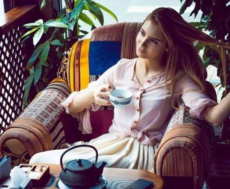 Mia Korol, moldoveanca care și-a transformat pasiunea într-o afacere! Creează rochii senzaționale
