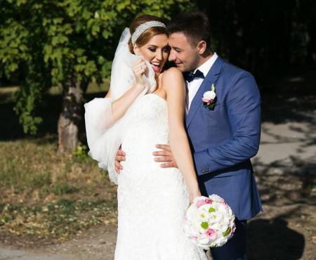 Fotografii noi de la nunta Tatianei Heghea! Artista e foarte feminină alături de mire (Foto)