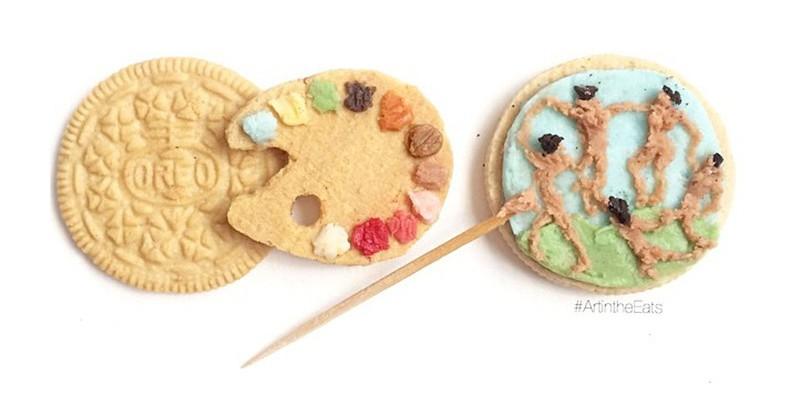 Femeia care pictează pe biscuiți cu diverse umpluturi savuroase!