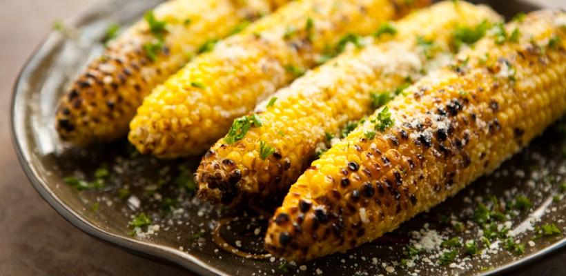 Porumbul – vedeta meselor de vară. Descoperă-l cu gusturi noi