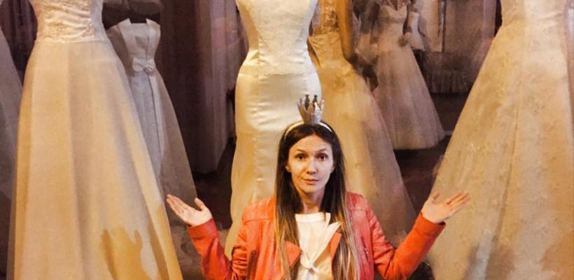 Adela Popescu a avut o petrecere inedită a burlăcițelor! (Foto)