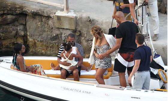 Jay Z și Beyonce și-au prelugit vacanța! Petrec frumos în Italia (Foto)