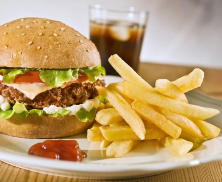 Alimente care îți stimulează apetitul în loc să-ți potolească foamea