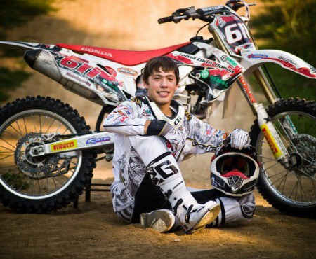 """Mihai Cociu, moldoveanul care a ajuns triplu campion la Motocross în România. """"În viaţă mereu trebuie să ai scopuri şi să tinzi să le atingi"""""""