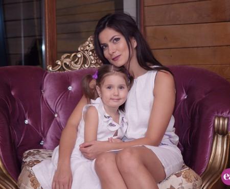 """Dana Ciobanu: """"Copiii sunt minuni de la Dumnezeu. Sunt absolut împlinită ca mamă"""""""