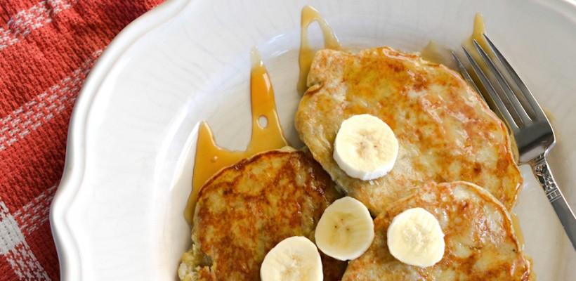 Clătite delicioase pentru dejun, preparate din doar două ingrediente