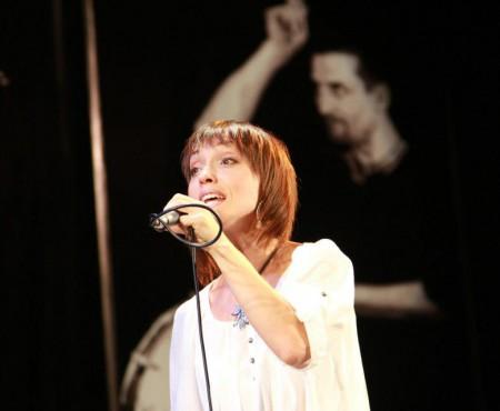 Viola Julea a lansat primul videoclip și se pregătește de primul concert solo din carieră (Video)