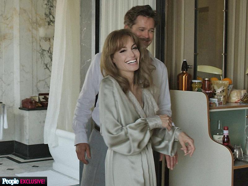Angelina Jolie Vreau Să îmbătrânesc Alături De Brad Pitt