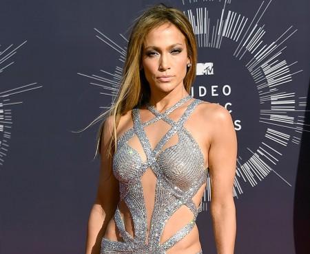 Sacrificii beauty făcute de Jennifer Lopez, pentru a străluci la American Music Awards