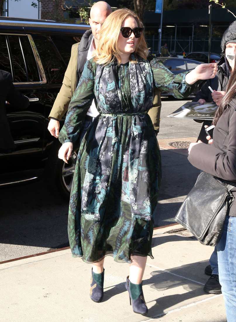 Adele Greets Her Fans In NYC