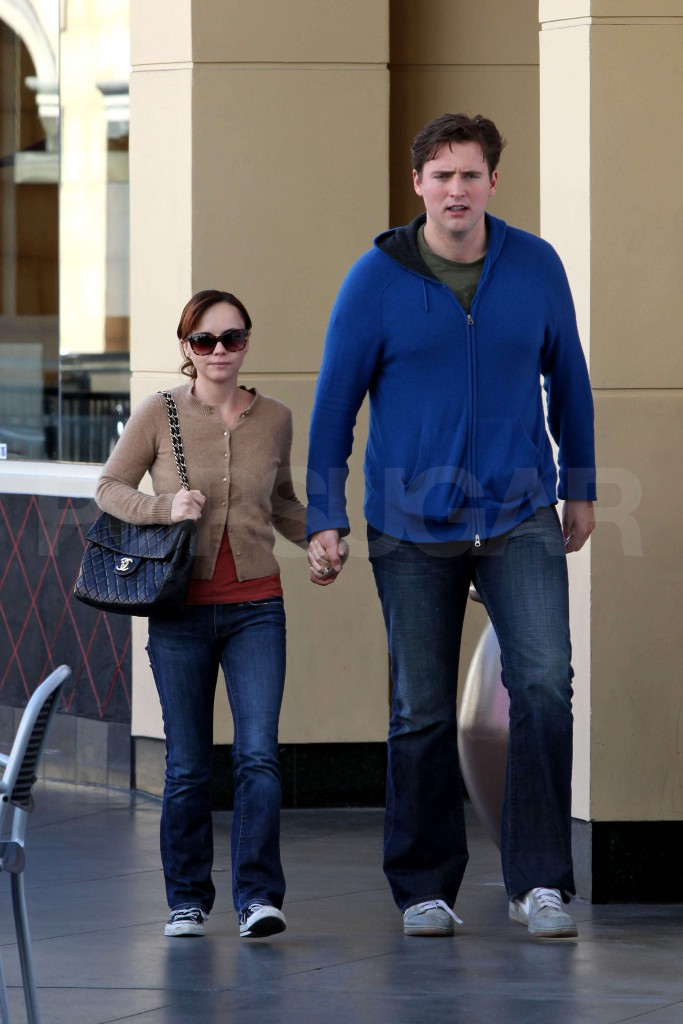 Exclusive - Christina Ricci & Fiance Lunch Date