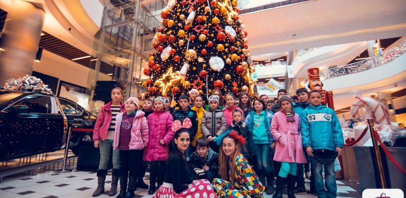 Lume de poveste pentru 200 de copii defavorizați, la Shopping MallDova