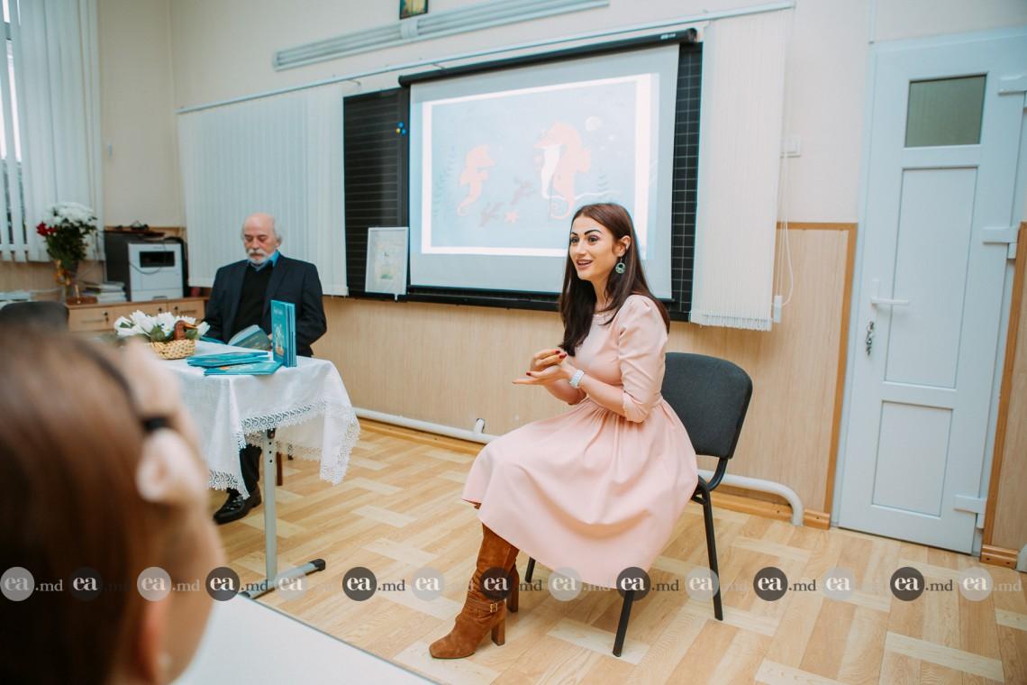 """Stela Popa s-a întors la liceul unde a învăţat: """"Am mers în fața elevilor cu o lecție despre viață"""""""