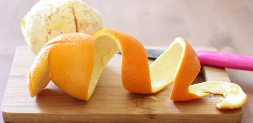 Nu le mai arunca la gunoi! 10 modalități de utilizare a cojilor de portocală
