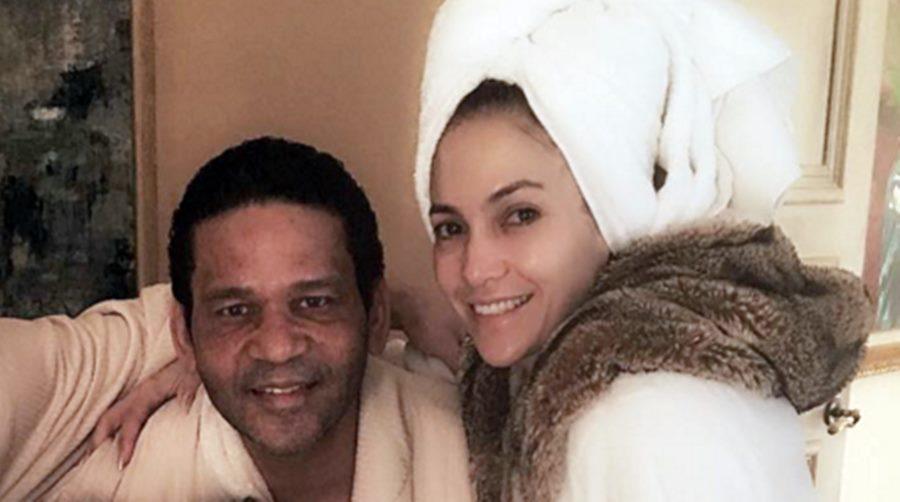 Cine e bărbatul care apare alături de Jennifer Lopez într-o fotografie de pe Instagram