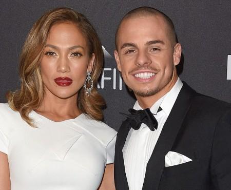 """Jennifer Lopez neagă că ar intenționa să se mărite cu Smart: """"Nu sunt logodită!"""""""