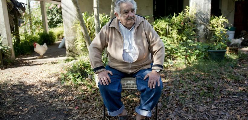 """José Mujica, ex-președintele Uruguayului: """"Ori ești fericit cu puțin, ori nu vei ajunge nicăieri"""""""