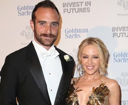 La 47 de ani, Kylie Minogue se va căsători pentru prima dată! S-a logodit cu iubitul ei, Joshua Sasse