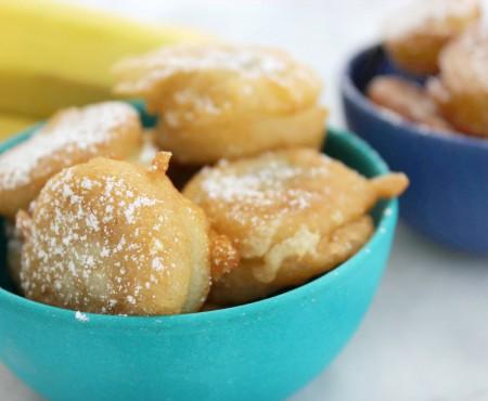 Un desert irezistibil: banane prăjite în crustă de aluat