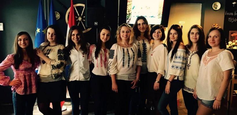 Au purtat ii, mărțișoare și s-au distrat! Cum au celebrat moldovenii din Olanda sosirea primăverii