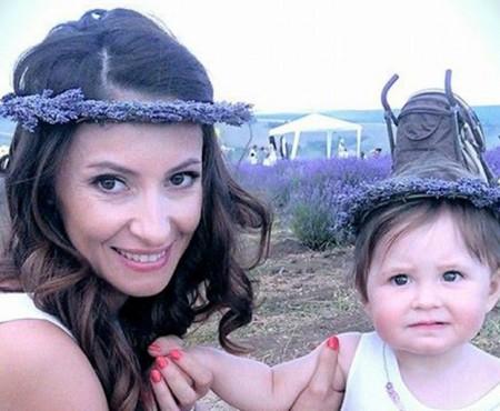 O nouă fotografie cu micuța Ekaterina Filat. Îi seamănă leit tatălui