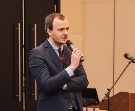 "Ginecologul-obstetrician Maxim Calaraș sparge miturile cu privire la vaccinuri: ""Îmi voi vaccina fiica"""