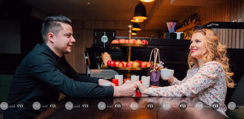 """Olga Manciu, machiată cochet în compania soțului: """"Când ies în oraș cu Alexandru aplic make-up, deși el se supără când îmi dau buzele cu ruj"""""""
