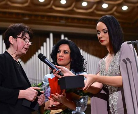 Andreea Marin, din nou acuzată de delapidări în concertul pentru victimele din Clubul Colectiv. Vedeta răspunde printr-o scrisoare deschisă