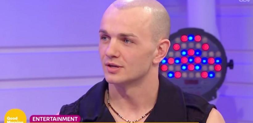 Orheianul care înghite săbii, invitat la cea mai populară emisiune matinală din Marea Britanie