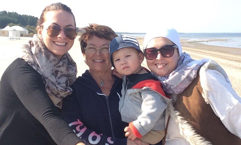 Băiețelul Jannei Friske împlinește astăzi 3 ani. Ce mesaj a primit din partea mătușii