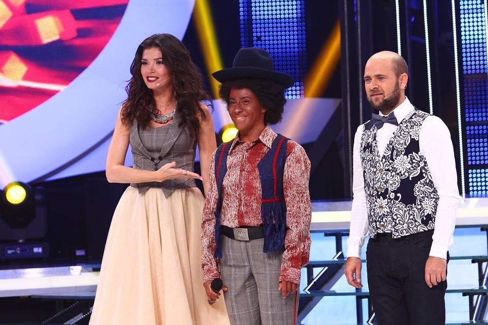 """Nicoleta Nucă, în pielea lui Michael Jackson! L-a imitat perfect la """"Te cunosc de undeva"""" (Video)"""