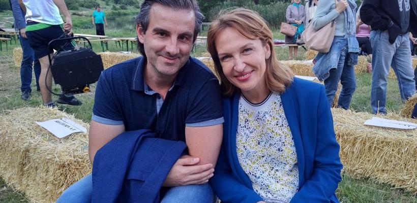 """Sanda Diviricean a apărut împreună cu soțul ei, la festivalul """"DescOperă"""" (Foto)"""