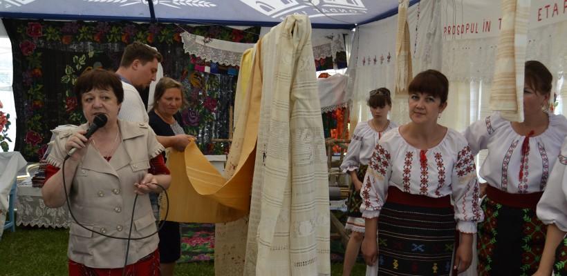iProsop – eveniment dedicat tradiției prosopului țesut manual și oportunităților antreprenoriale de promovare a culturii